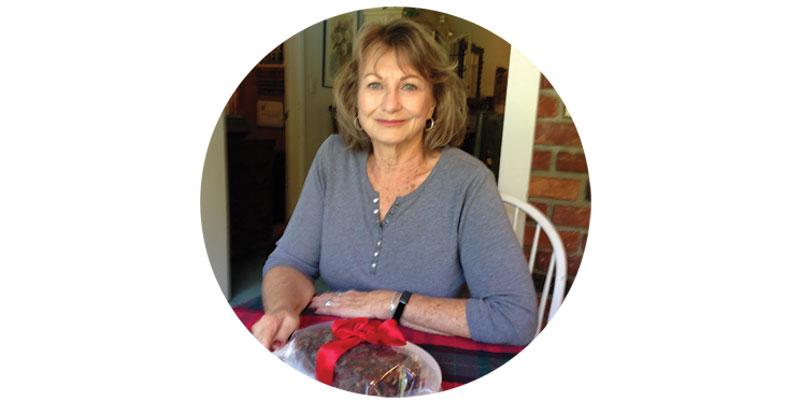 Judy-Scharren-the-fruitcake-lady