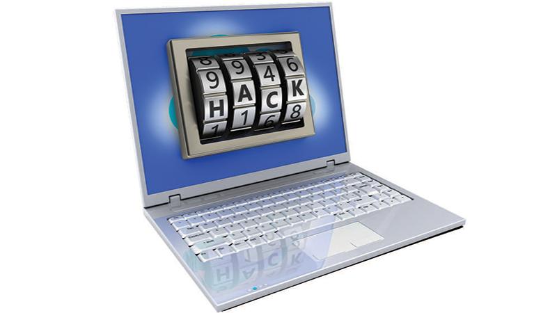 laptop-mature-living