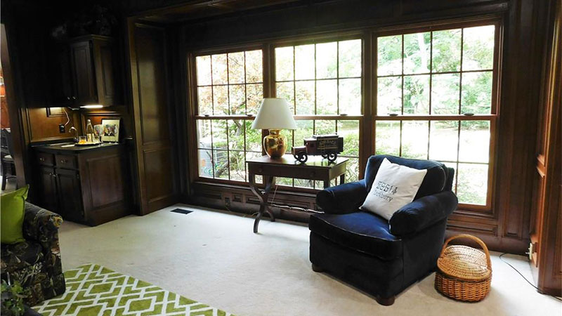 This wall of windows allows plenty of natural light into the family room!