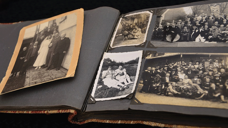old-photo-album