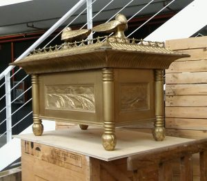 Ark_of_covenant_replica (1)
