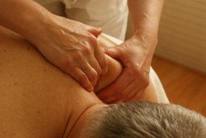 massage-389716_1920